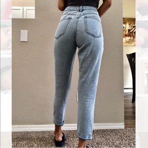Pacsun mom jeans size 28